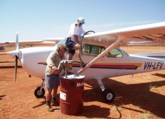 PICTURE OF THE WEEK: Old-School Refueling