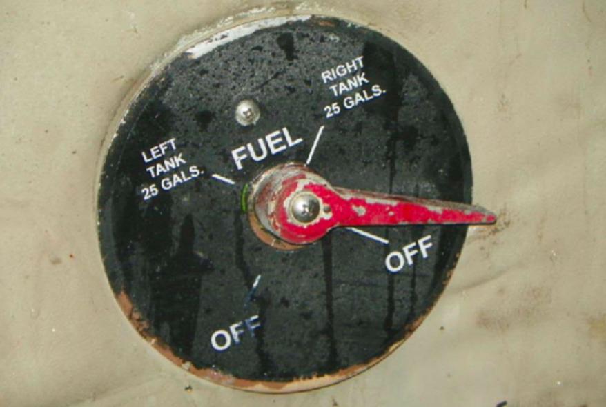 FAA Concerned (Again) With Cherokee Fuel Selectors - AVweb