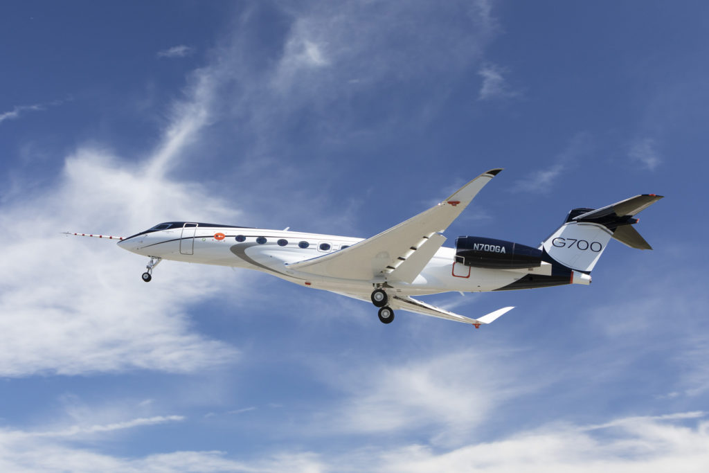 Gulfstream G700 Flies