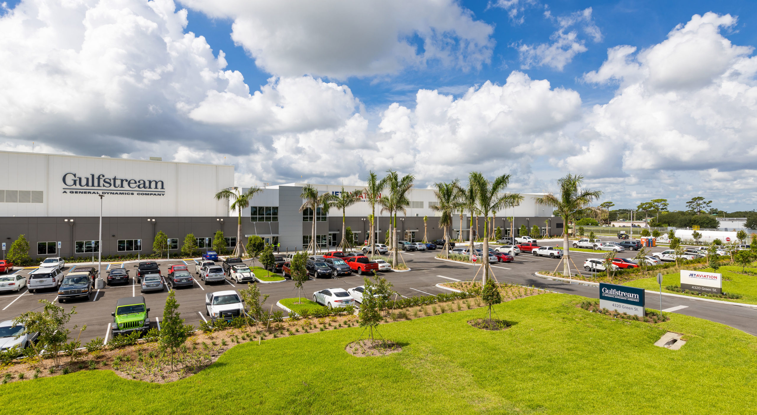 Gulfstream Opens New Palm Beach Service Center